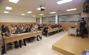 La Universidad de Mayores de Mérida apenas supera el centenar de alumnos