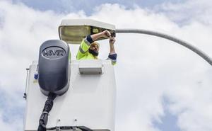 La Diputación de Badajoz destinará 13 millones de euros a instalar luces led en 145 pueblos