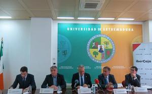 La III Feria de Empleo y Emprendimiento de la Universidad se pone en marcha