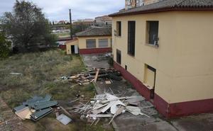 El derribo del colegio Nuestra Señora de Bótoa de Badajoz terminará en dos meses