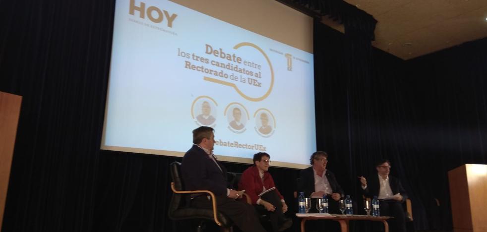 Manuel González, Marisa González y Antonio Hidalgo confrontan sus programas a rector de la UEx