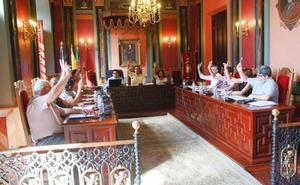 El arquitecto municipal actúa ya de secretario en el Consistorio de Trujillo