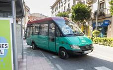 Plasencia estrena dos microbuses y estudia la compra de uno eléctrico