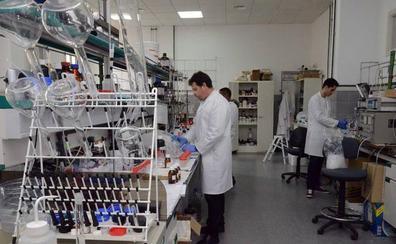 La UEx y Caja Rural de Extremadura premiarán a jóvenes investigadores