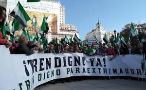 El PP reúne en Madrid a tres mil personas para pedir un tren digno para Extremadura