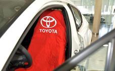 Toyota elimina las fundas de plástico de todos sus talleres en España