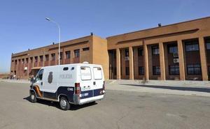 Detenida en el control de acceso de la cárcel de Badajoz con 70 gramos de hachís