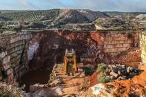 Al menos dos muertos al colapsar una carretera entre Borba y Vila Viçosa
