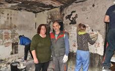 Afectados por el incendio en Plasencia: «Lo hemos perdido todo, necesitamos ayuda»