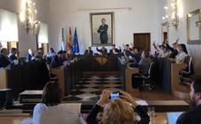 Diputación de Cáceres hará dos campos de fútbol en el Cuartillo y el patronato taurino