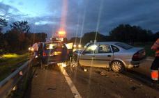 Seis heridos, dos de ellos menores, en un choque en la N-432, cerca de Badajoz