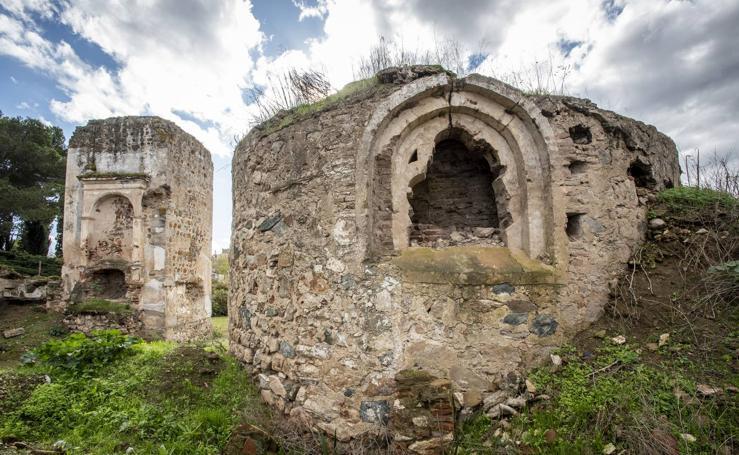 Abandono de las ermitas de la Alcazaba de Badajoz