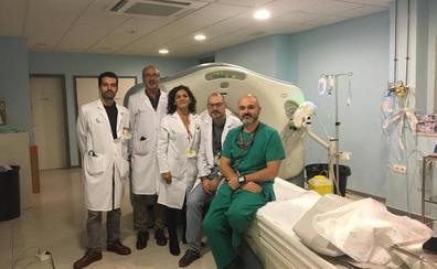 El Complejo Hospitalario de Cáceres incorpora una nueva técnica para tratar el ictus