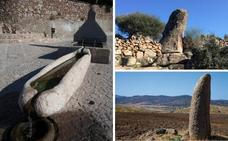Inician la declaración de los menhires del Ardila como Bien de Interés Cultural