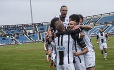 El Badajoz recibirá al Almería B sin Kike Royo ni Francis Ferrón