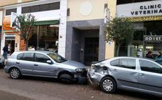 Da positivo en alcohol tras chocar con cuatro coches en Valdepasillas