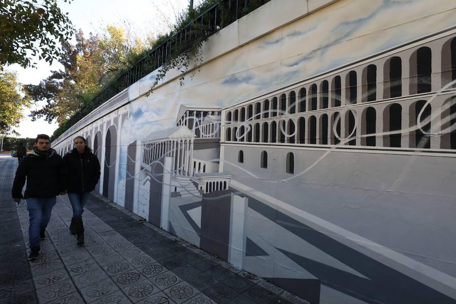 Aparecen pintadas en un mural de Mérida días después de su inauguración