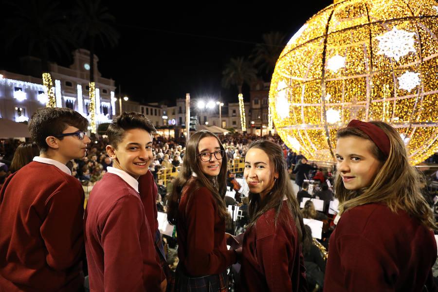 Las luces encienden la Navidad en Mérida