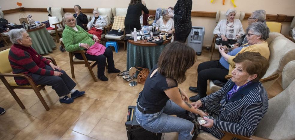 La Junta aporta fondos para atender a 3.000 nuevos dependientes