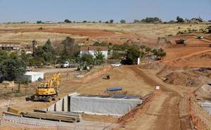 Los Presupuestos extremeños destinan 277 millones al impulso de las infraestructuras en 2019