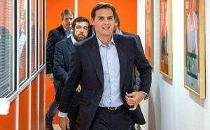 Rivera avisa a Pedro Sánchez de que «los españoles le han dado la espalda»
