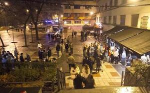 Los hosteleros de La Madrila se adhieren al código ético contra el ruido