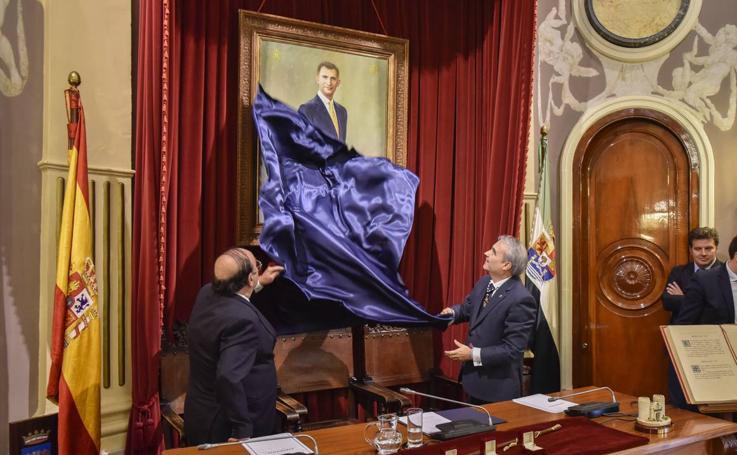 Badajoz reconoce el papel de la Constitución y homenajea a sus alcaldes