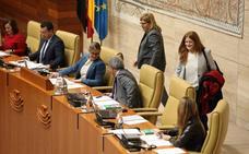 Jara Romero sustituye a Eugenio Romero en la Mesa de la Asamblea