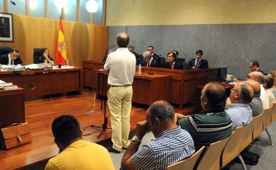 Condenados cuatro empleados por estafar 180.000 euros a la Mancomunidad Centro