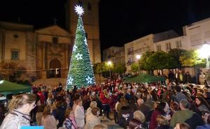 La localidad da la bienvenida a las fiestas navideñas
