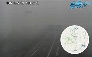 Tráfico activa varios avisos por bancos de niebla en Extremadura
