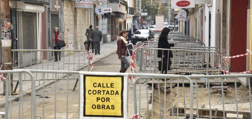 La calle Santo Domingo de Badajoz confía en revitalizar los negocios con la plataforma única