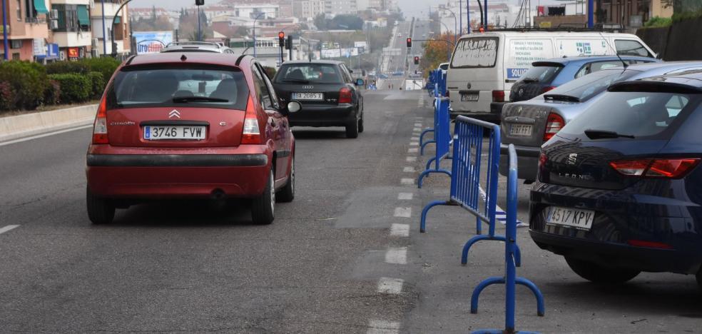El lunes comienzan las obras para cambiar las tuberías en 16 calles de Badajoz
