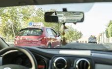 Seguimiento desigual de la huelga de examinadores de autoescuela en la región