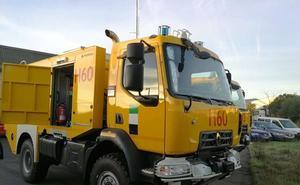 El Plan Infoex estrena cuatro nuevos camiones autobombas en la provincia cacereña