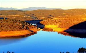 La Junta firma un convenio con la CHG para realizar actividades medioambientales