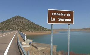 La central hidráulica de la presa de La Serena cumple 25 años