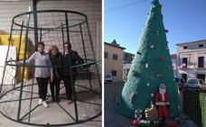 Garciaz luce un árbol de Navidad de ganchillo
