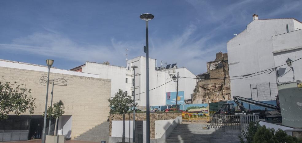 La Fundación CB hará un proyecto para reformar la plaza de Santa María de Badajoz