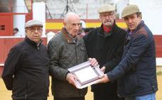 Homenaje a Miguel Yuste 'El Charro' en Mérida