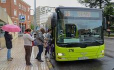 Una aplicación en el móvil ya permite saber cuándo llega el bus a la parada en Badajoz