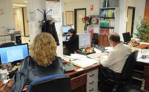 Los empleados municipales de Mérida percibirán este mes una subida de salario del 0,25%