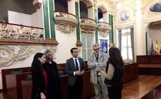 El director del Museo del Prado visita la Diputación de Badajoz