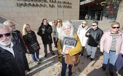 El Juzgado no admite las 12.327 firmas a favor del indulto a los hosteleros cacereños