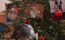 Un árbol de Navidad para adoptar perros