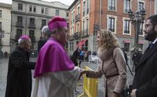 Fallece un primo del extremeño Gil Tamayo durante su ordenación como obispo de Ávila