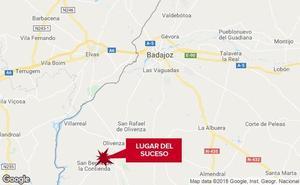 Dos jóvenes resultan heridos graves en un salida de vía cerca de Olivenza