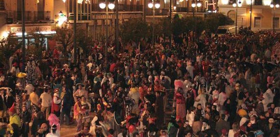 Espantaperros se opone a la música en Carnaval después de la medianoche