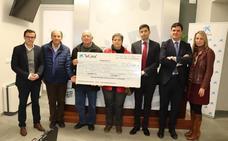 La Caixa entrega 5.000 euros a las tres Cáritas para ayudar a 120 familias sin recursos de Villanueva