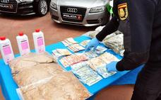 La operación antidroga del Cerro de Reyes intervino un kilo de cocaína, armas y diez coches